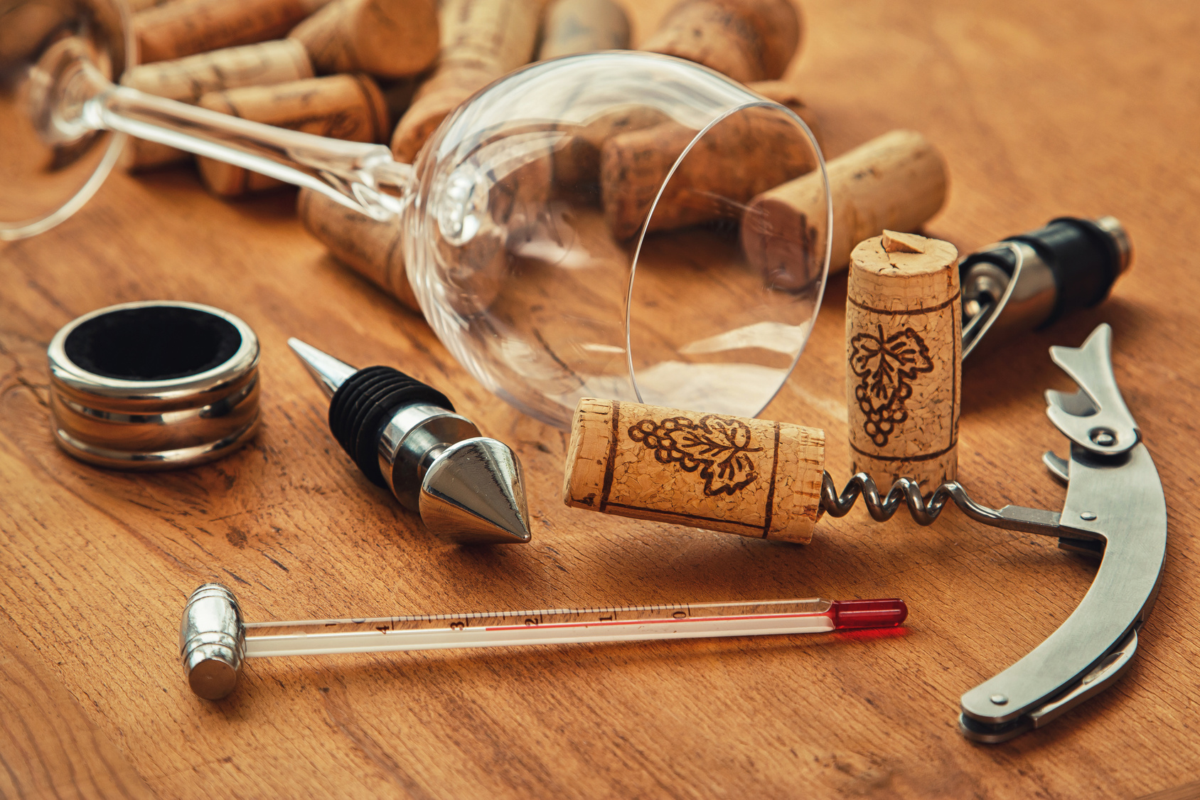 Different wine tools
